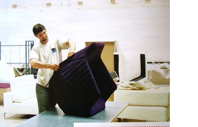 5/6 -  Uphosterers are trained in-house, each Ligne Roset model requiring specific skills
